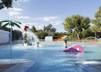 Construcción de piscina comunitaria